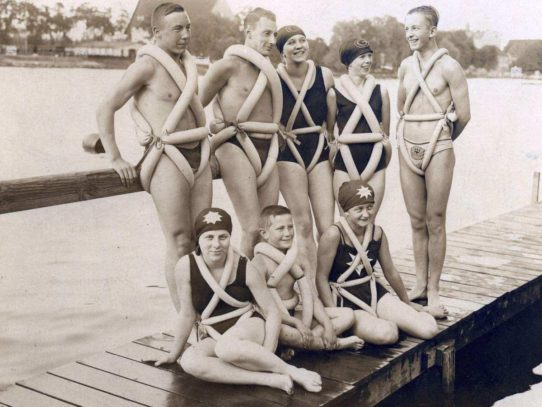 How to swim safely in 1920
