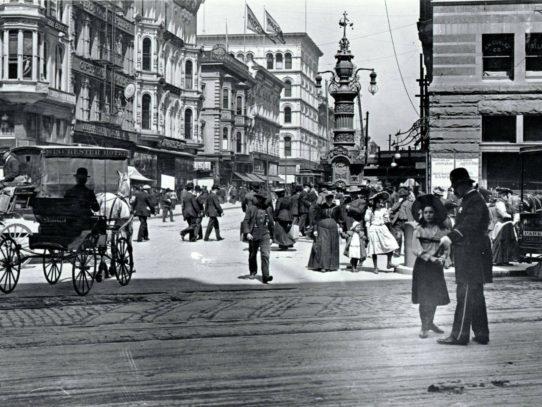 San Francisco before the earthquake in 1906