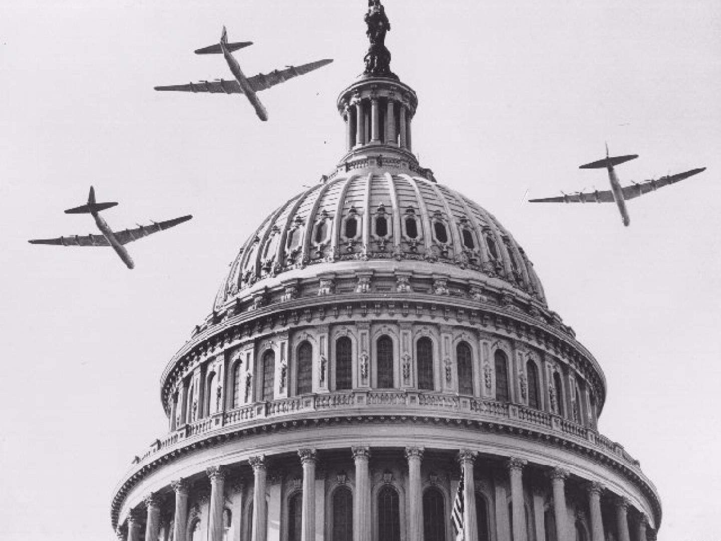Capitol and aircraft in 1949