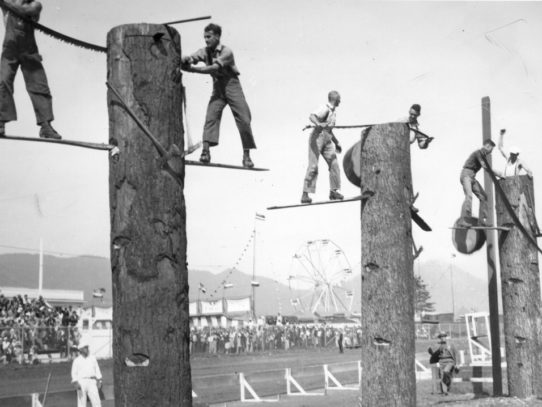 Tree Felling Contest, Oregon, 1941