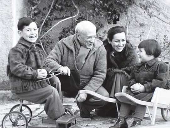 Pablo Picasso and Francoise Gilot with some children in the 1950s