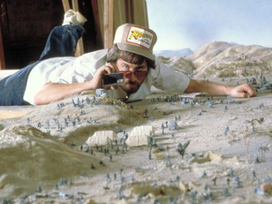 Steven Spielberg during the shooting of Indiana Jones, 1980