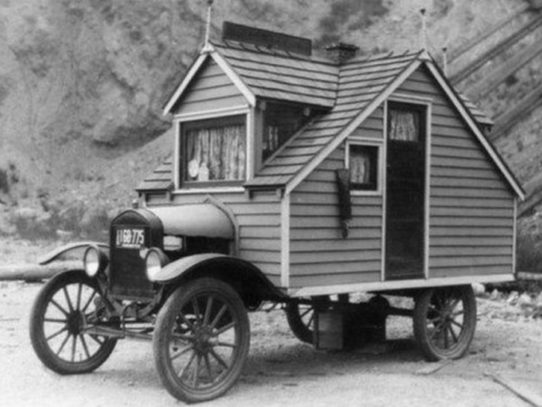 A house on wheels, 1926