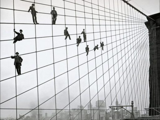 Brooklyn Bridge painters after work, 1915