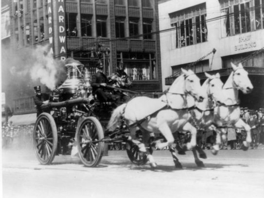 Horse-drawn Steam Fire Engine, 1900-1920
