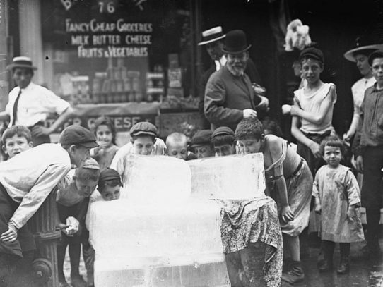 Children Licking Ice Blocks, New York, 1912