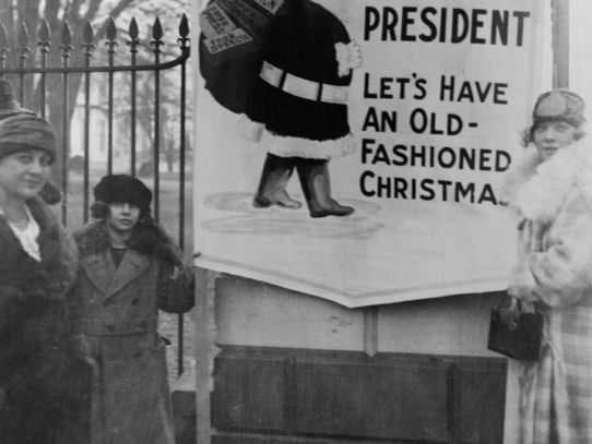 Christmas Demonstrators at White House, 1922