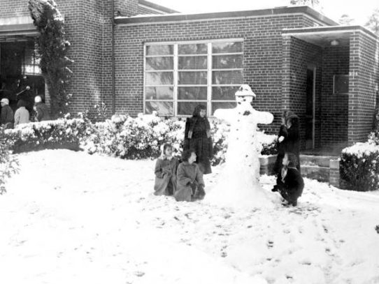Fireman snowman, Florida, 1958