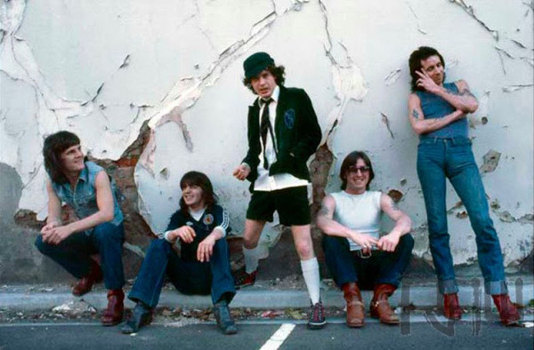ac\dc music history photos