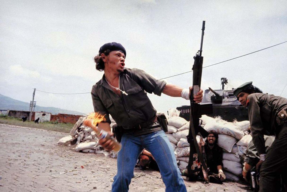 Nicaragua rebel throwing Molotov cocktail