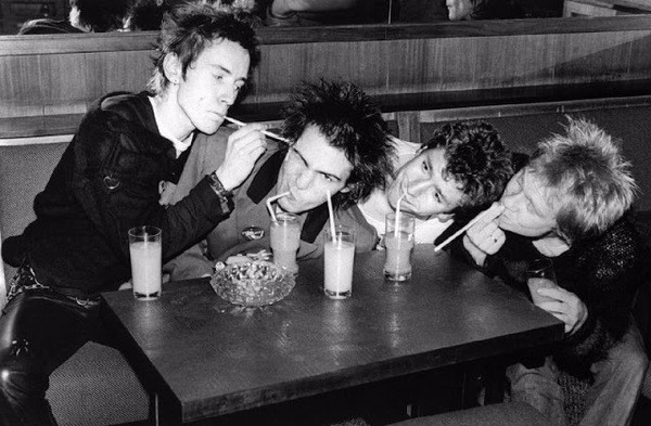 Sex Pistols 1977 photo