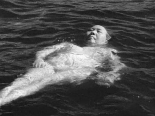 Swimming Mao Zedong, 1966