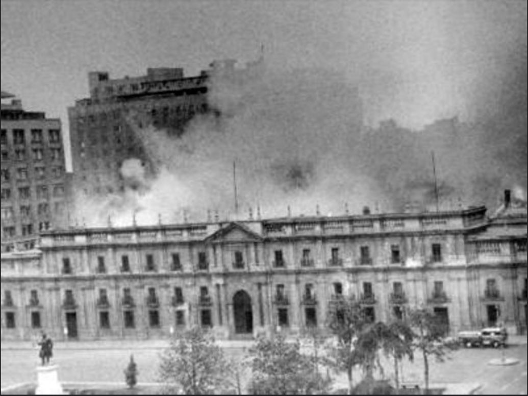 Chilean presidential palace on fire