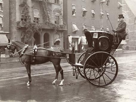 Taxi cab 1905
