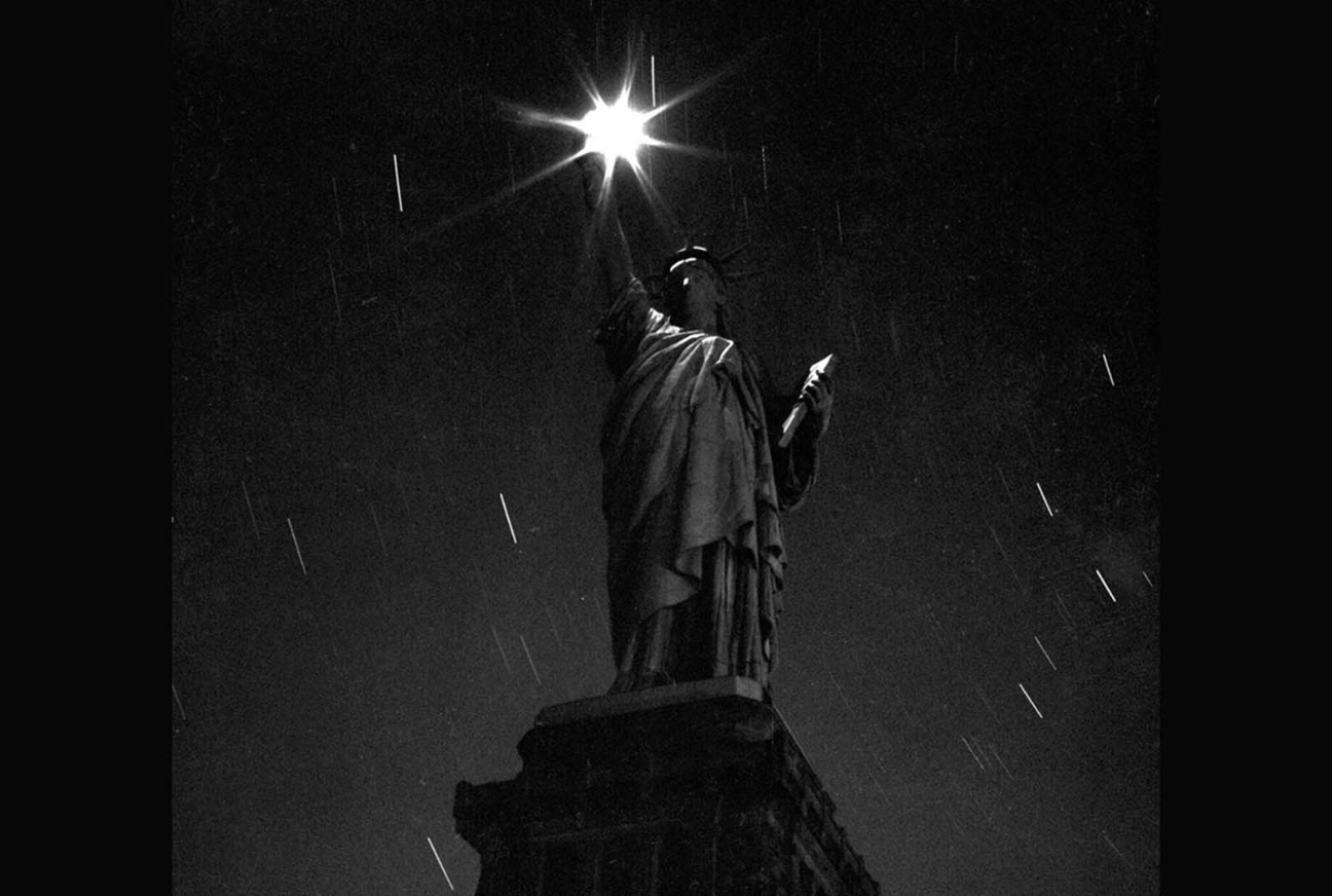 Statue of Liberty pictures during the WW2