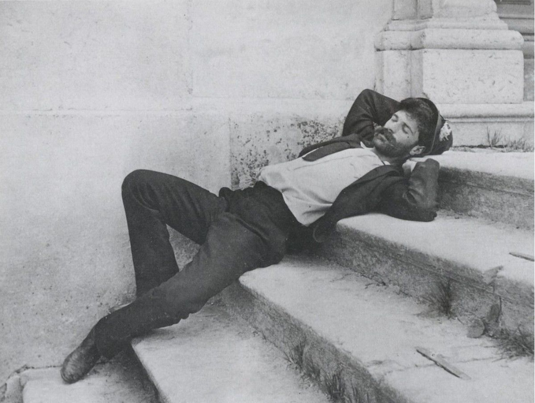 A sleeping craftsman during a break in New York, 1908