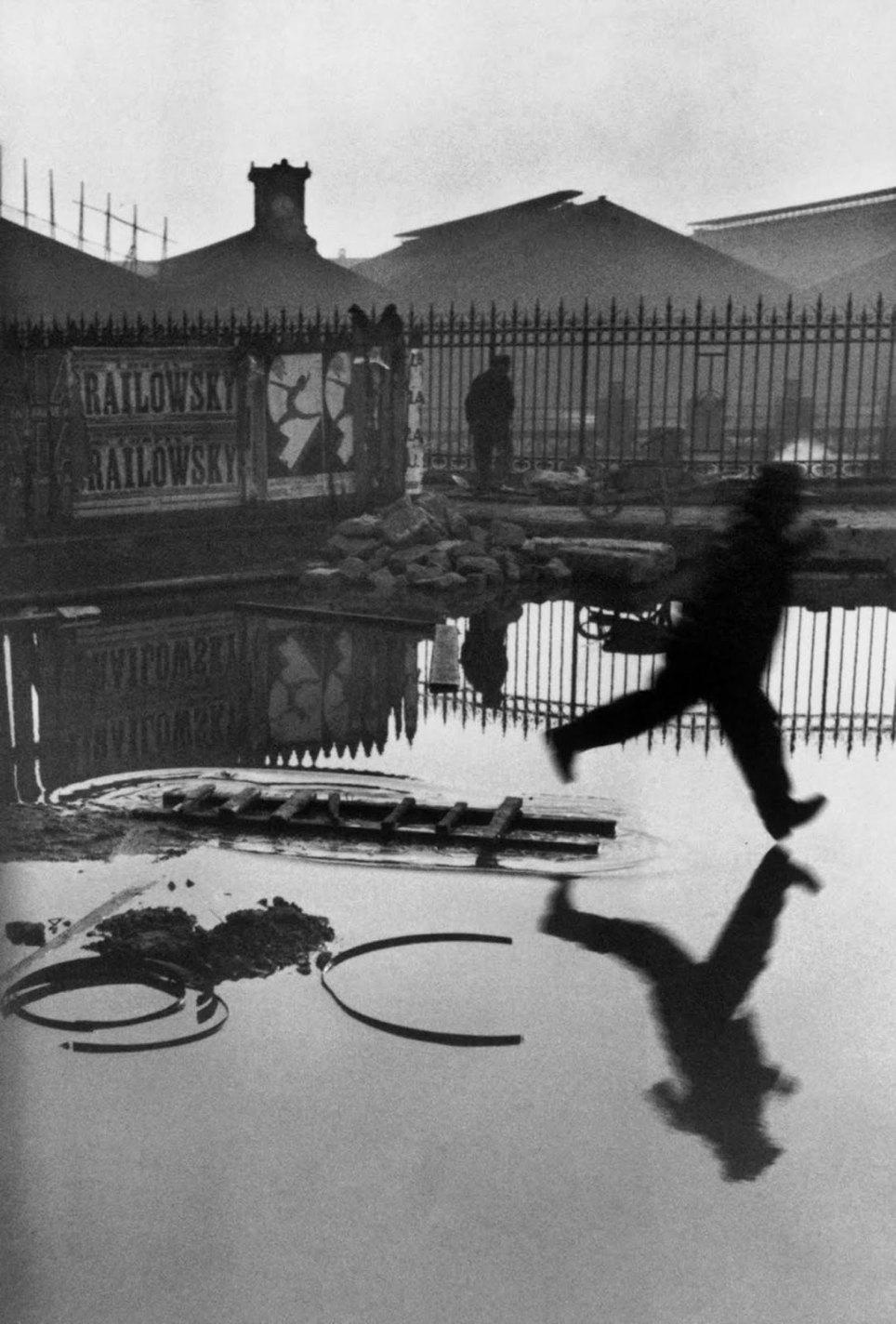 historical photos Behind the Gare Saint-Lazare, Henri Cartier-Bresson, 1932