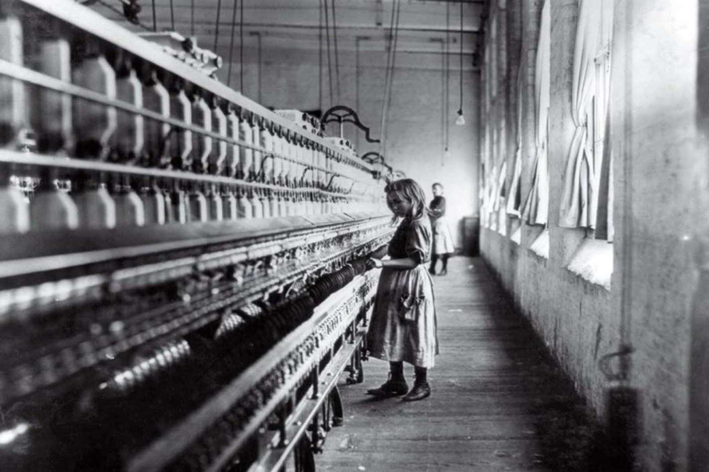 Cotton Mill Girl, Lewis Hine, 1908