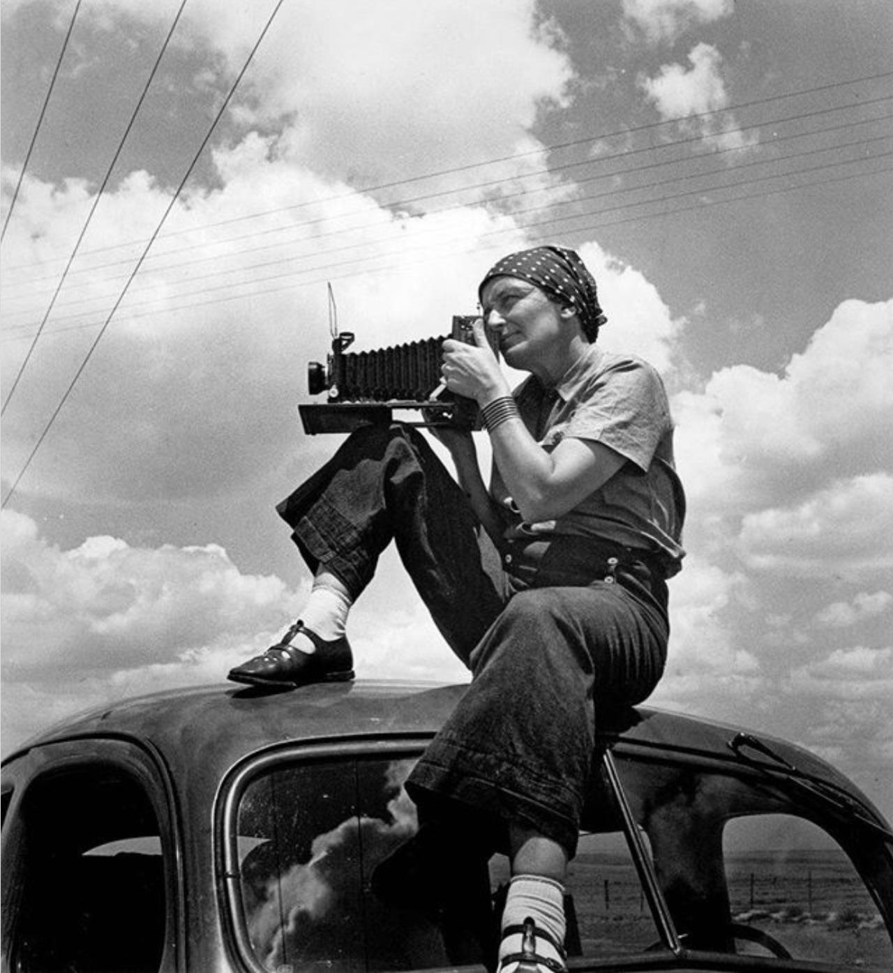Dorothea Lange and her Graflex camera
