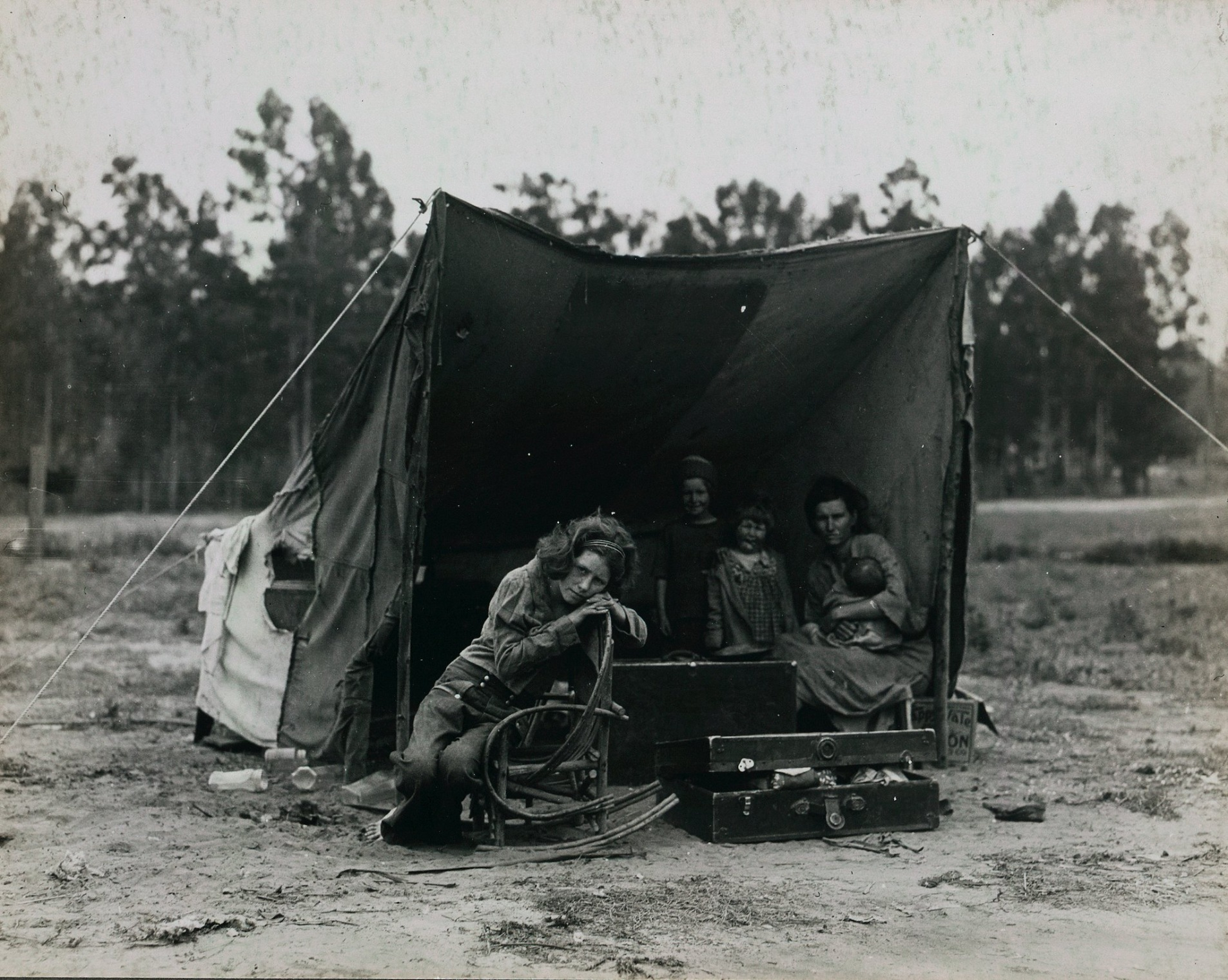the tent of Florence Owens and her kids