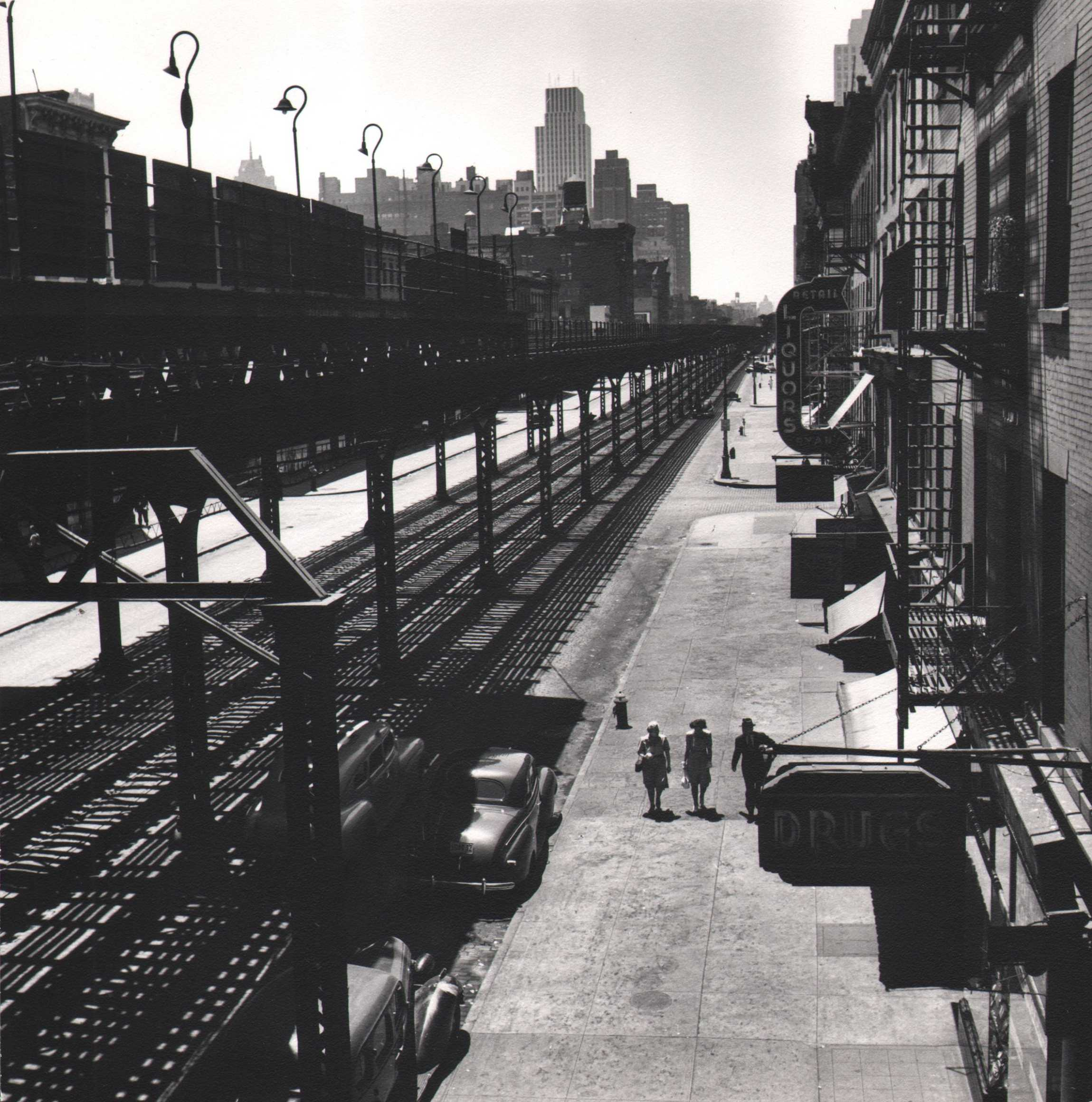 Esther Bubley, View of Third Avenue El looking downtown from 53rd Street. The El goes as far downtown as the Battery, 1946