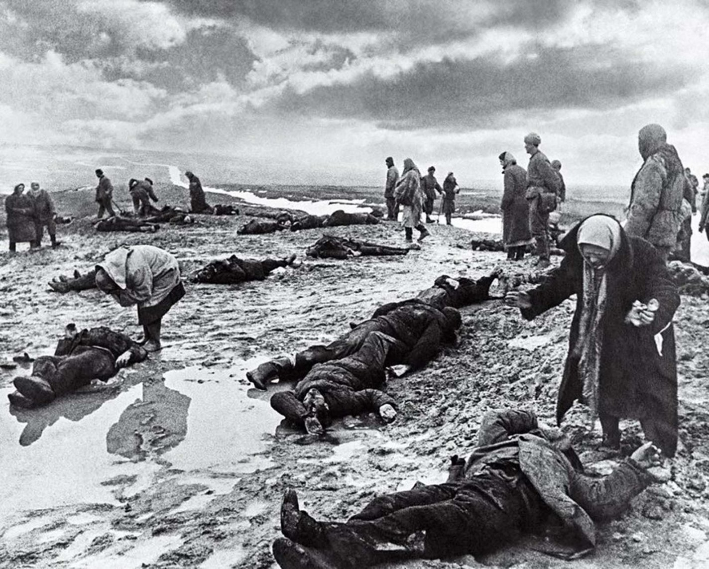 history photo Grief, Dmitri Baltermants, 1942