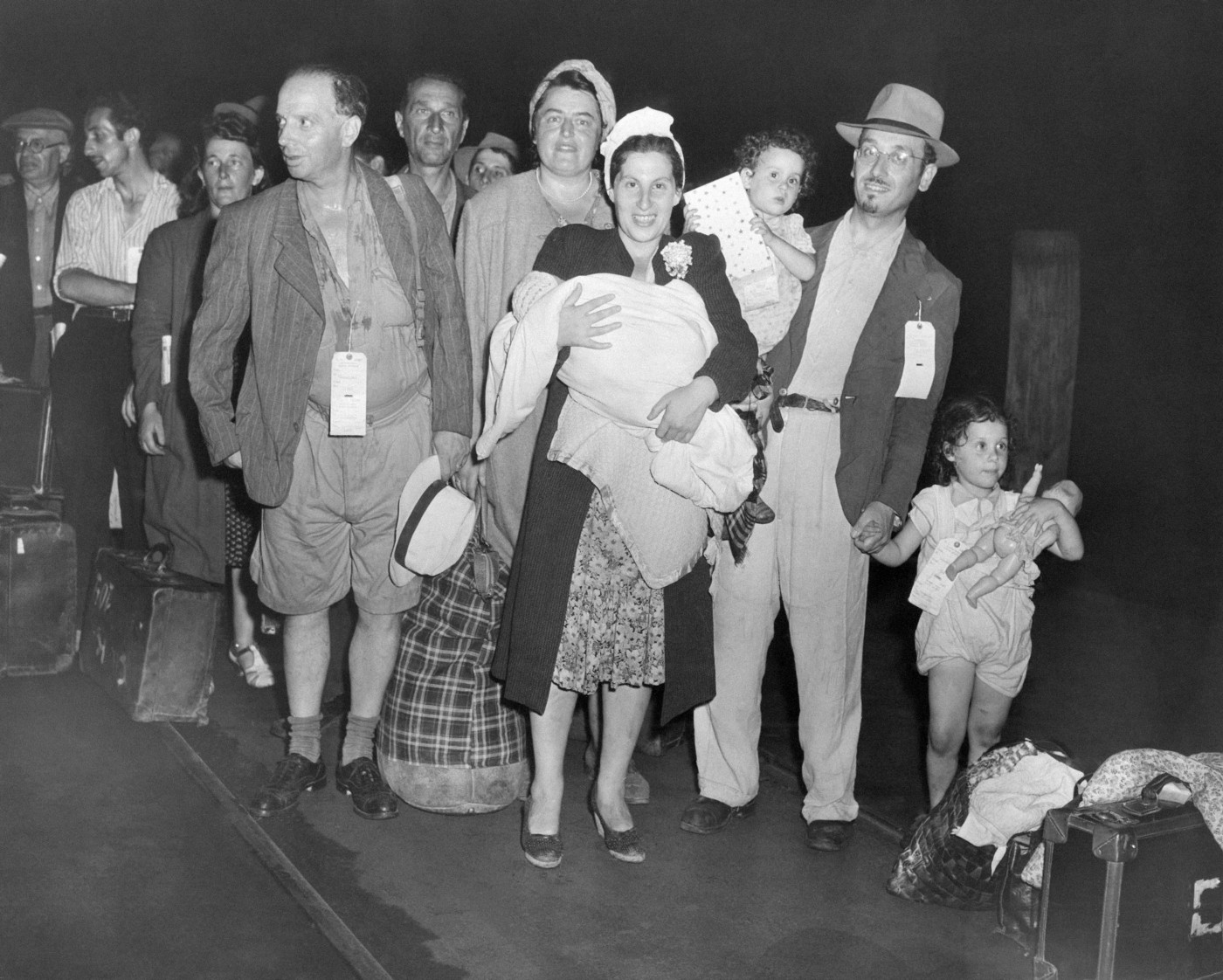 jew refugees at the camp