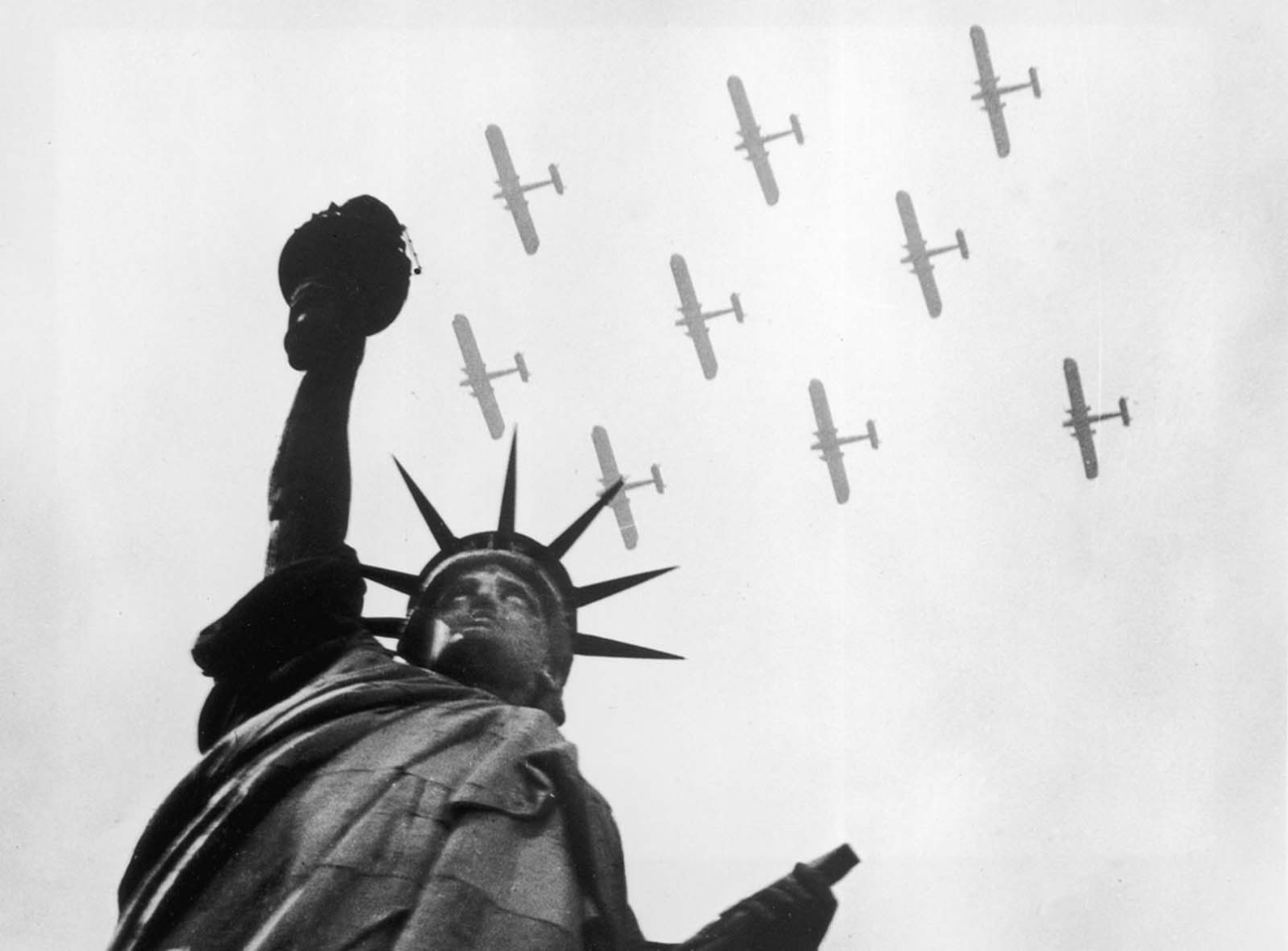Statue of Liberty pictures with aircrafts