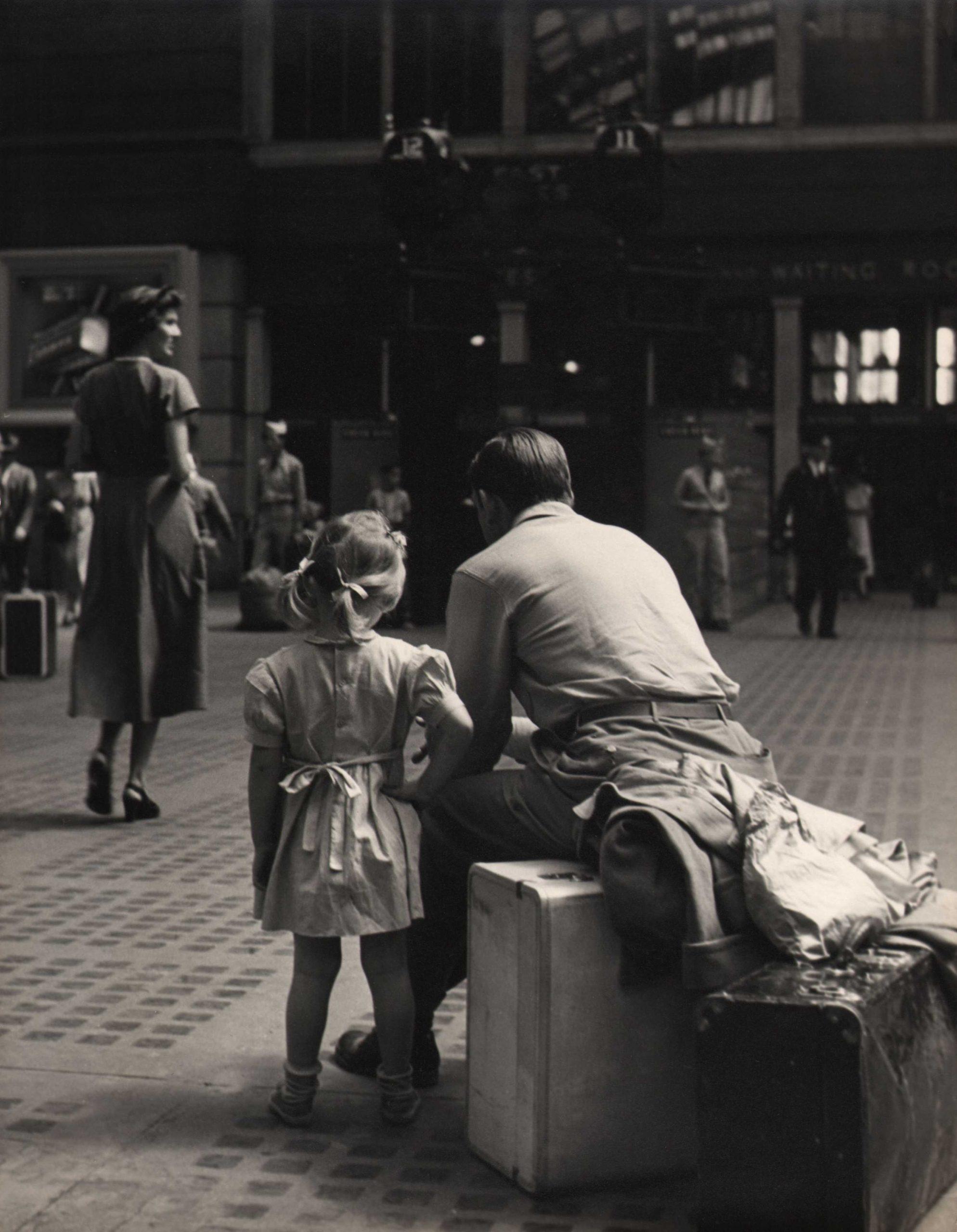 Simpson Kalisher, Untitled (Penn Station), c. 1949