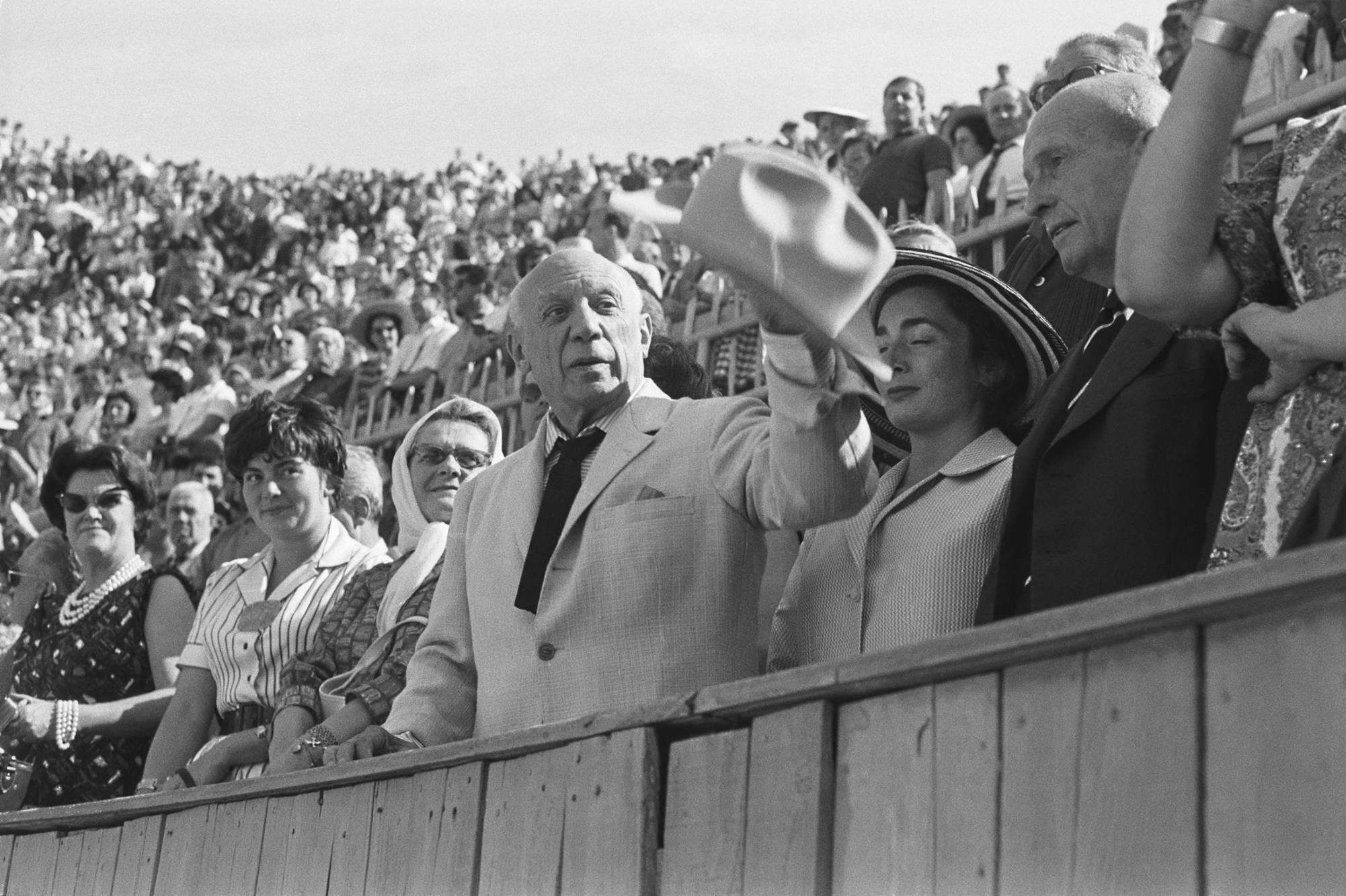 Picasso watching corrida