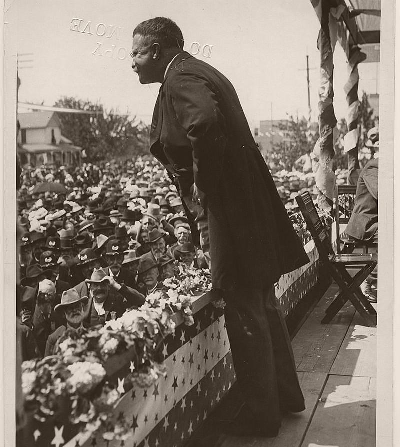 President Theodore Roosevelt speaking in North Yakima, Washington