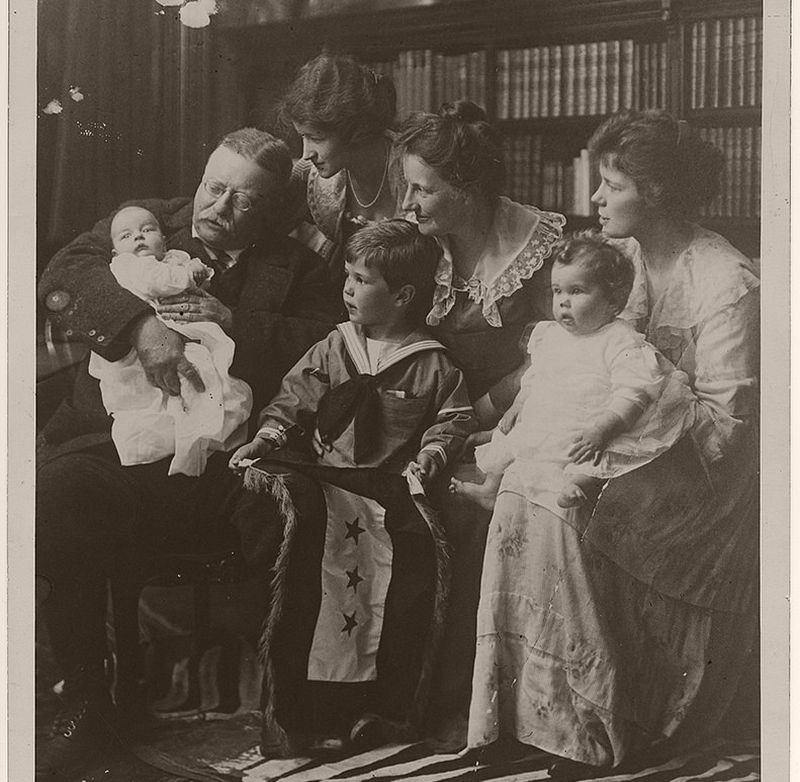 Pictures of Theodore Roosevelt with his Family