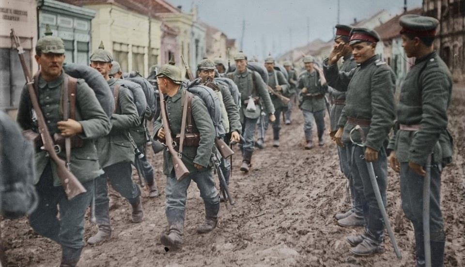 Soldiers of the 1st Bulgarian Army salute a column of German soldiers passing through Paraćin, Serbia, November, 1915.