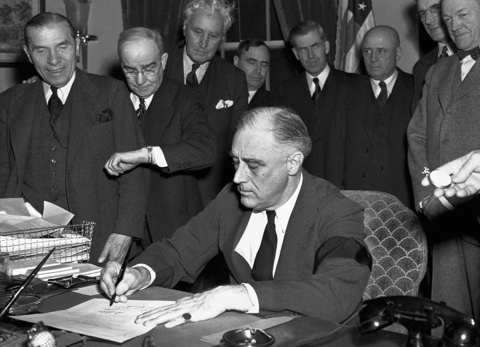 Roosevelt declares war on Japan