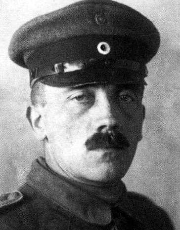 hitler in uniform, 1914
