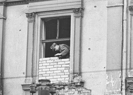 East Berlin administration laid the windows with bricks during several months
