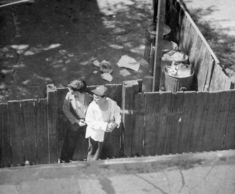 Pulitzer winning photos by Frank Cushing
