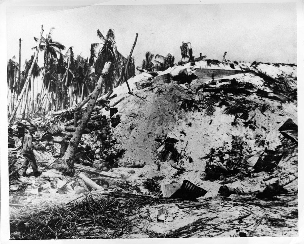 Frank Filan's Pulitzer winning photos of a Tarawa Island