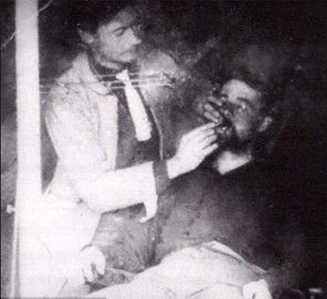 A dentist examines a soldier during the American Civil War.