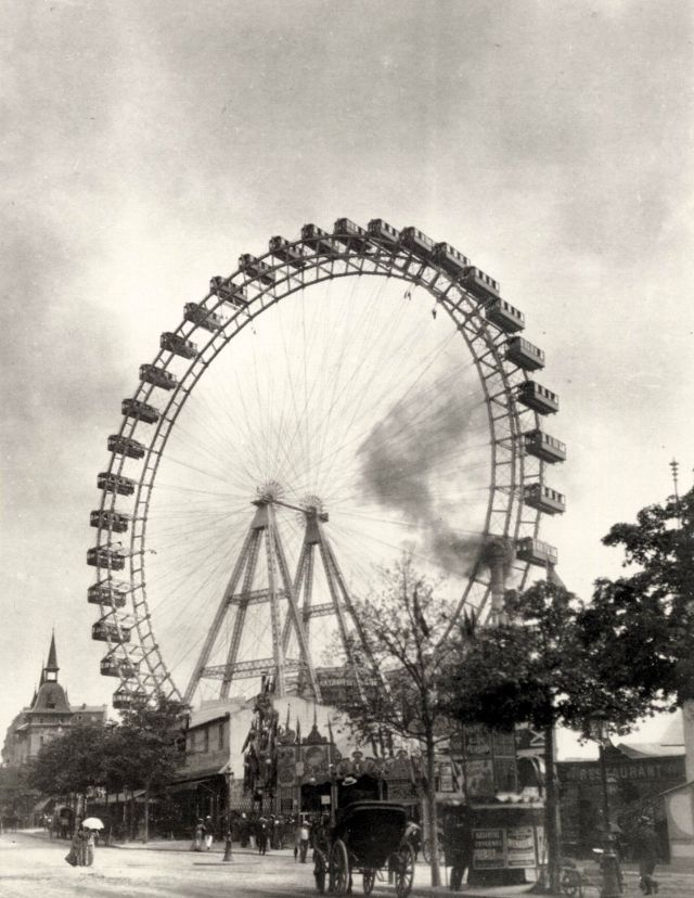 A famous Paris 1890s attraction