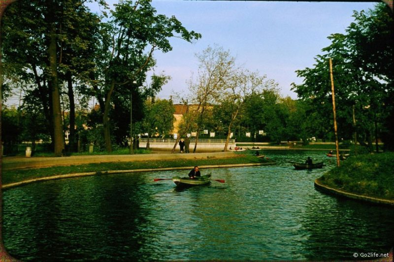 A man floating in the park of Moscow, 1950s