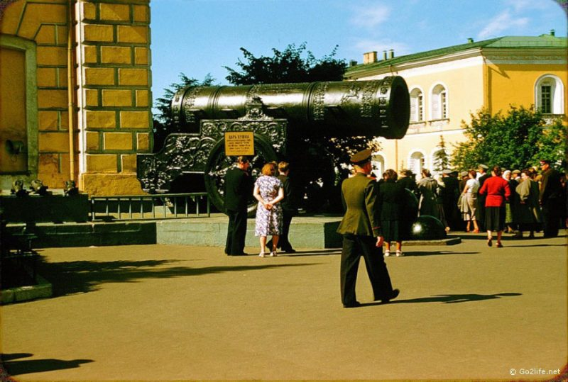 A massive cannon on the Red Square