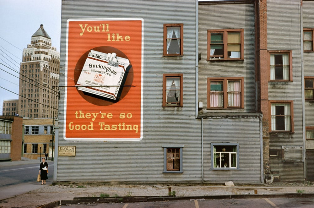 Advertising in the post-war Vancouver