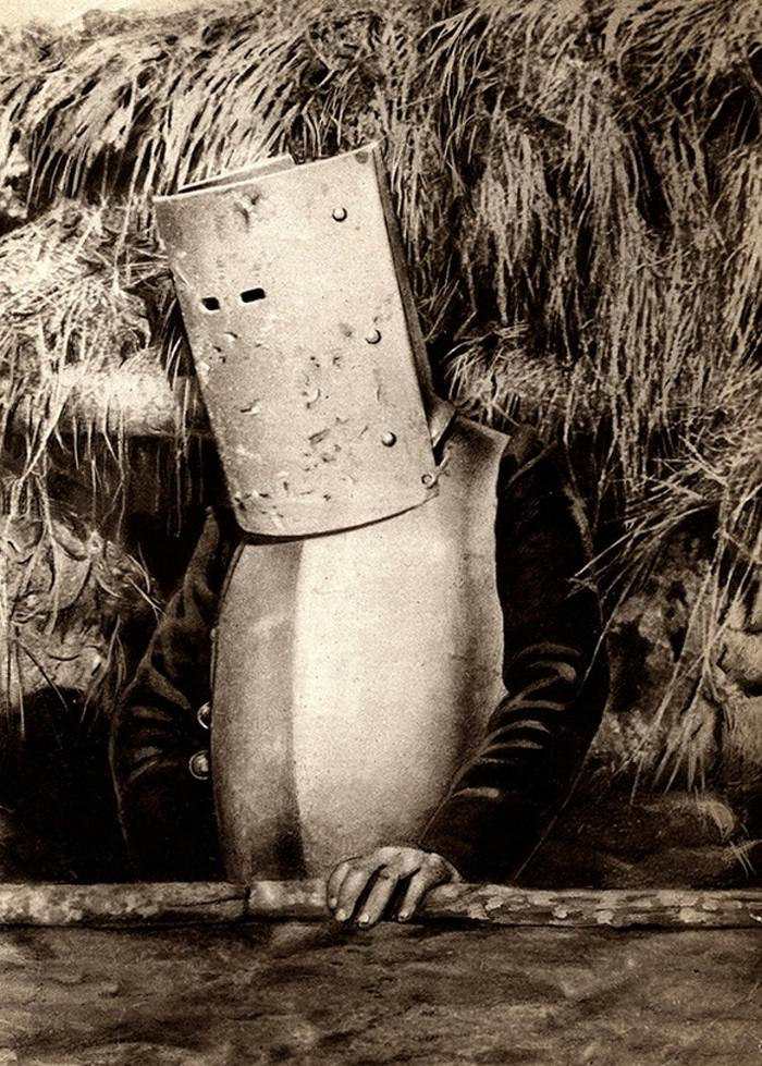 Bizarre photos of French soldier during WWI in a suit (breastplate and helmet), 1915 year