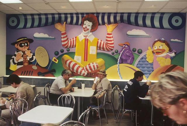 Inside the Russian McDonalds restaurant, 1996