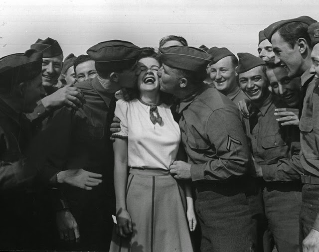 Marilyn Hare - an actress who kissed 10,000 during WWII