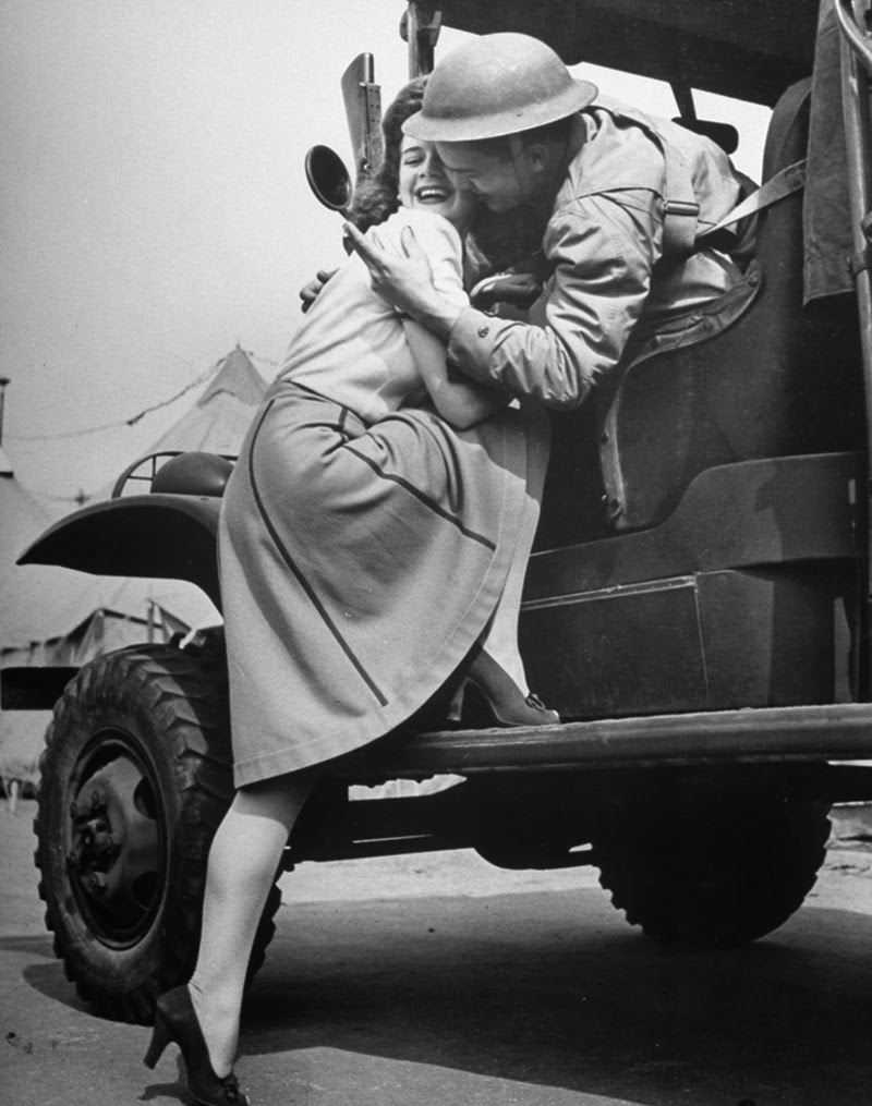 Marilyn Hare wanted both to boos soldiers' morale and here own popularity