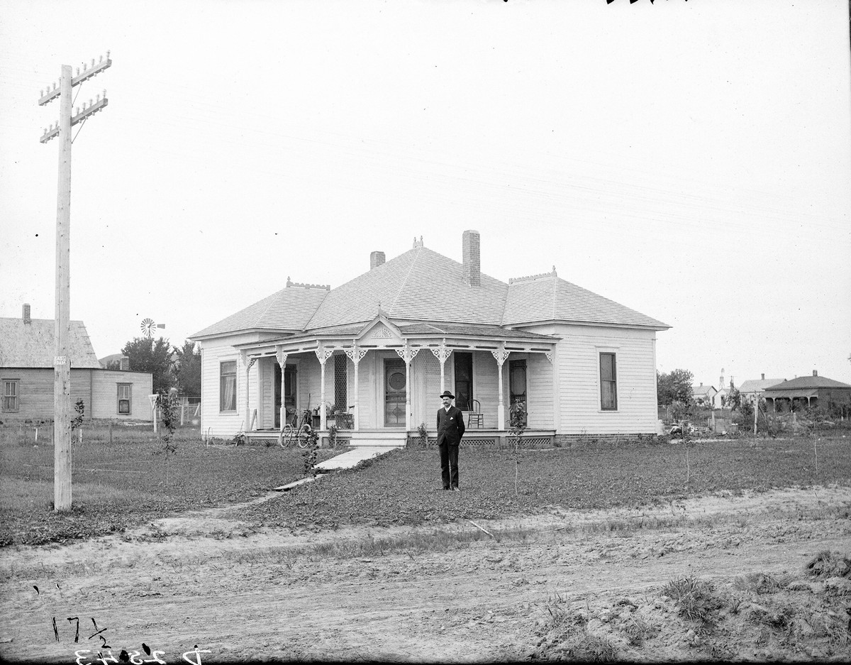 Reverend Trits House, Broken Bow, Nebraska, 1903.