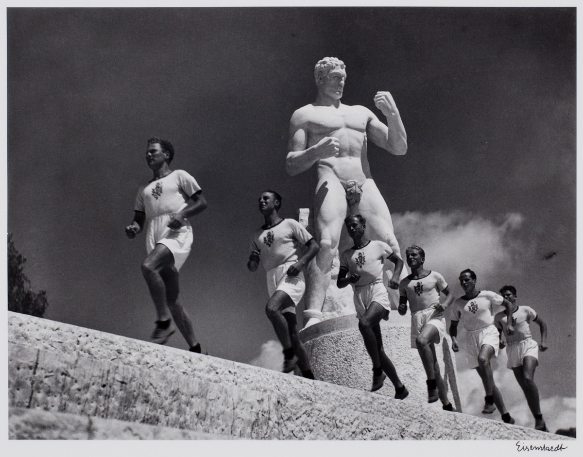 Alfred Eisenstaedt photos of the Runners at the Italian Forum, Rome, 1934.