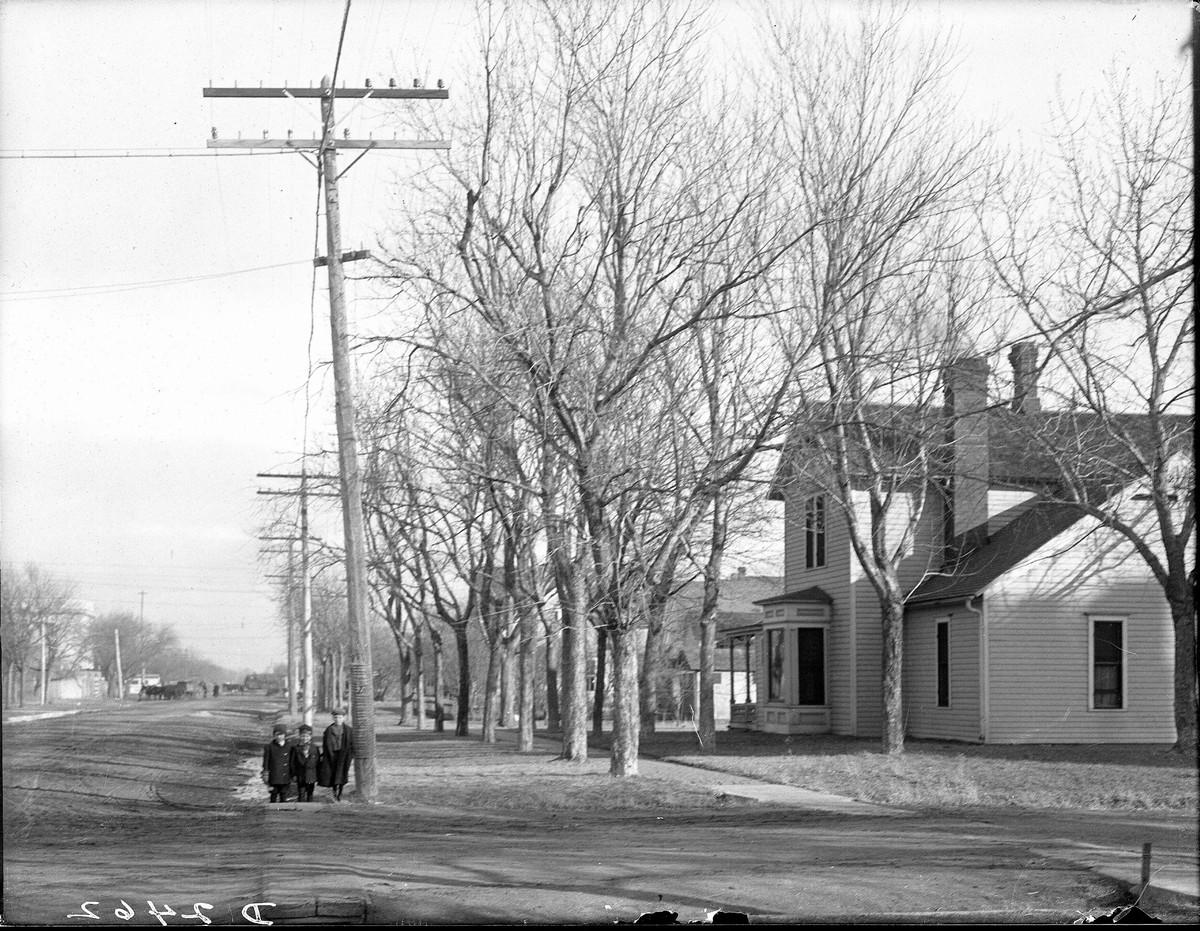 Street scene, Kearney, Nebraska, 1910.